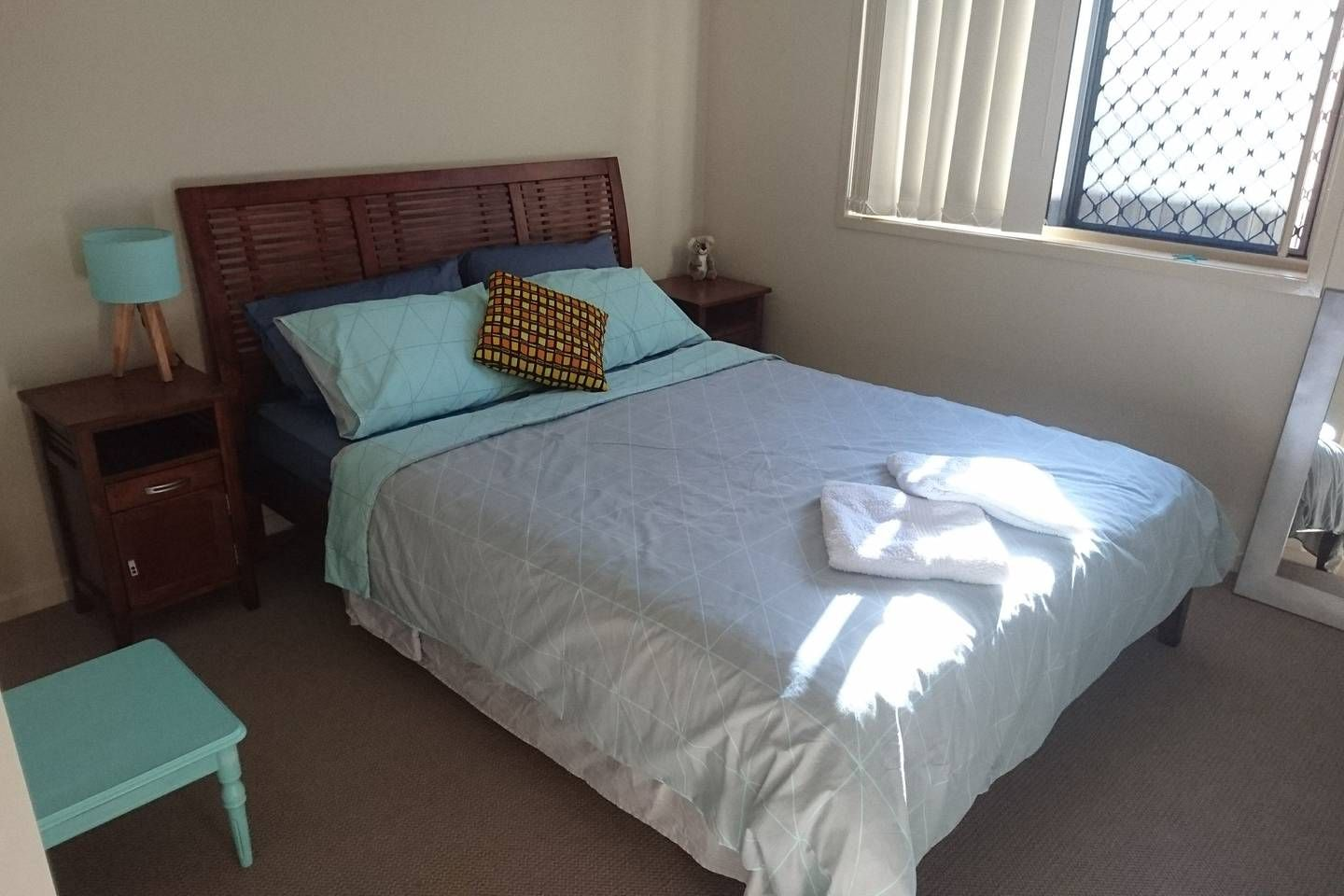 Cruisy Mudjimba Beach house. Perfect location! Houses