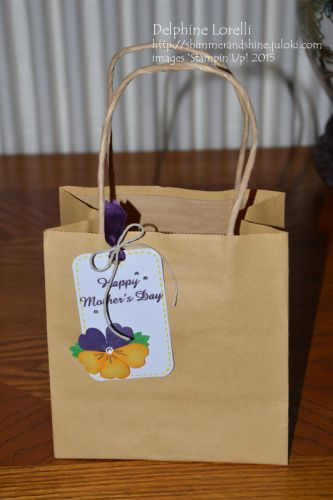 Pansy cupcake + display box for Mother's day - Shimmer and Shine