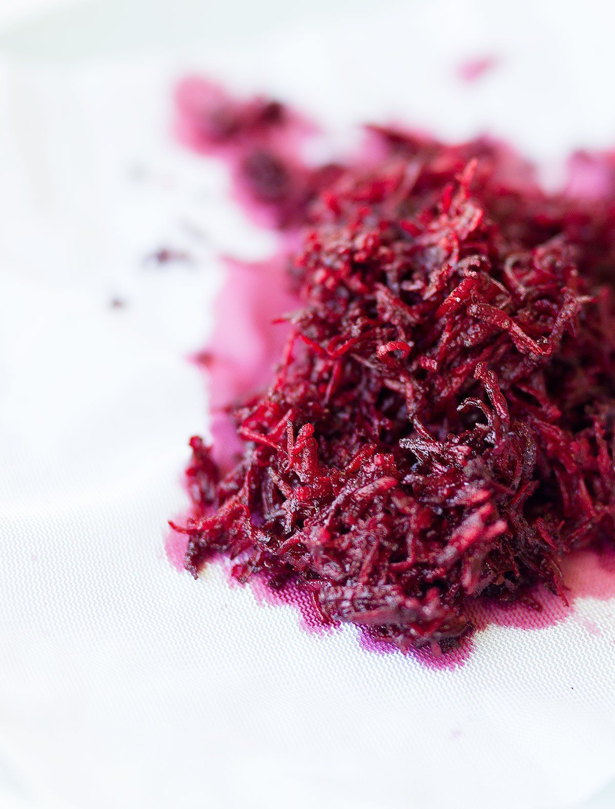 DIY Natural Pink Food Colouring made simply with grated ...