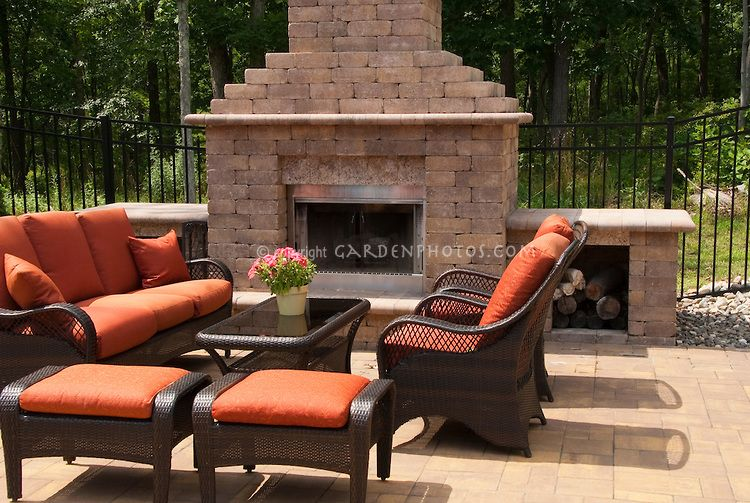 Outdoor Fireplace Fire Pit On Patio With Furniture Makes For A Sense Of An Outside Living Room In The Garden Upscale Lifestyle