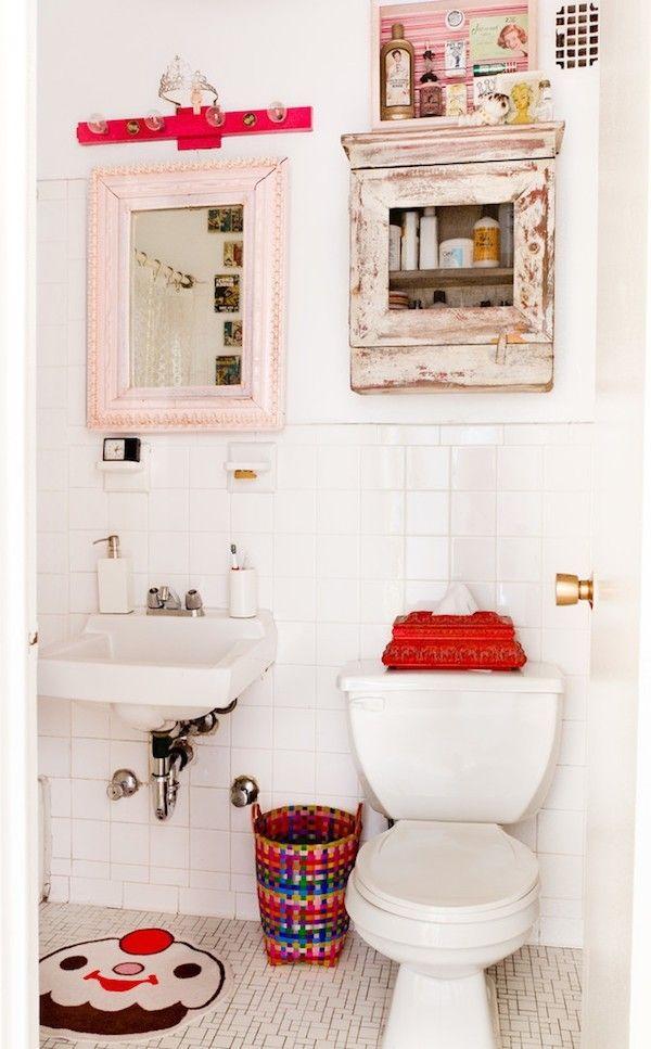 Badezimmer im Shabby Chic Stil frische akzente weiße wände ...