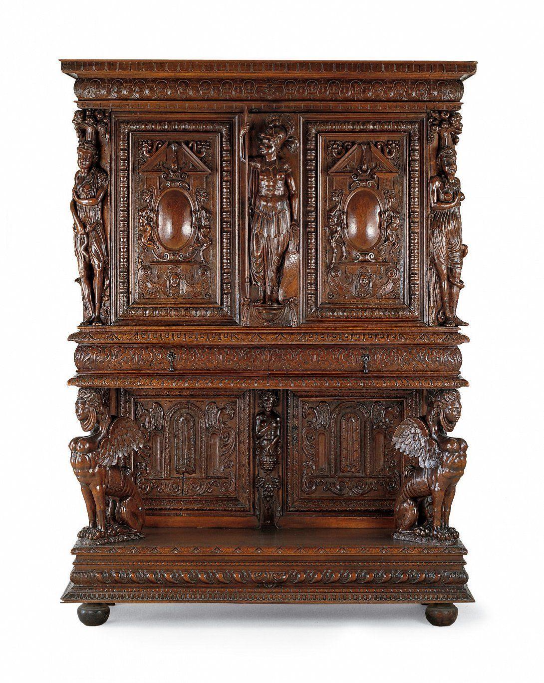 Ecole De Lyon Buffet Dressoir Fin Du 16e Noyer Arts Decoratifs Renaissance Repertoire Sculpte Art Decoratif Musee Des Arts Decoratifs Meuble Baroque