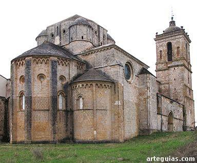 Monasterio De Irache Monasterios Arquitectura Eclesiástica Arquitectura Antigua