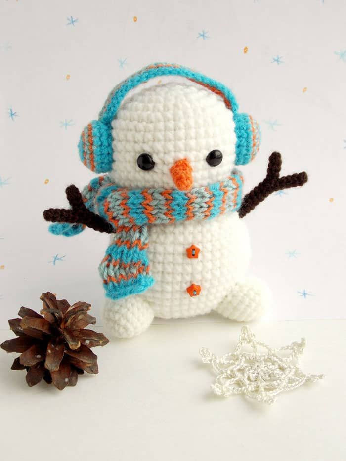 Amigurumi - patrón de muñeco de nieve de ganchillo gratis ...