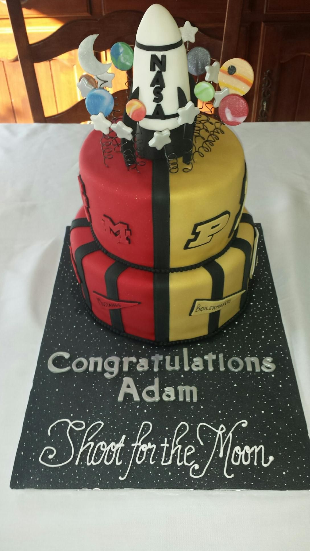 Graduation Cake for an Aerospace Engineering student from