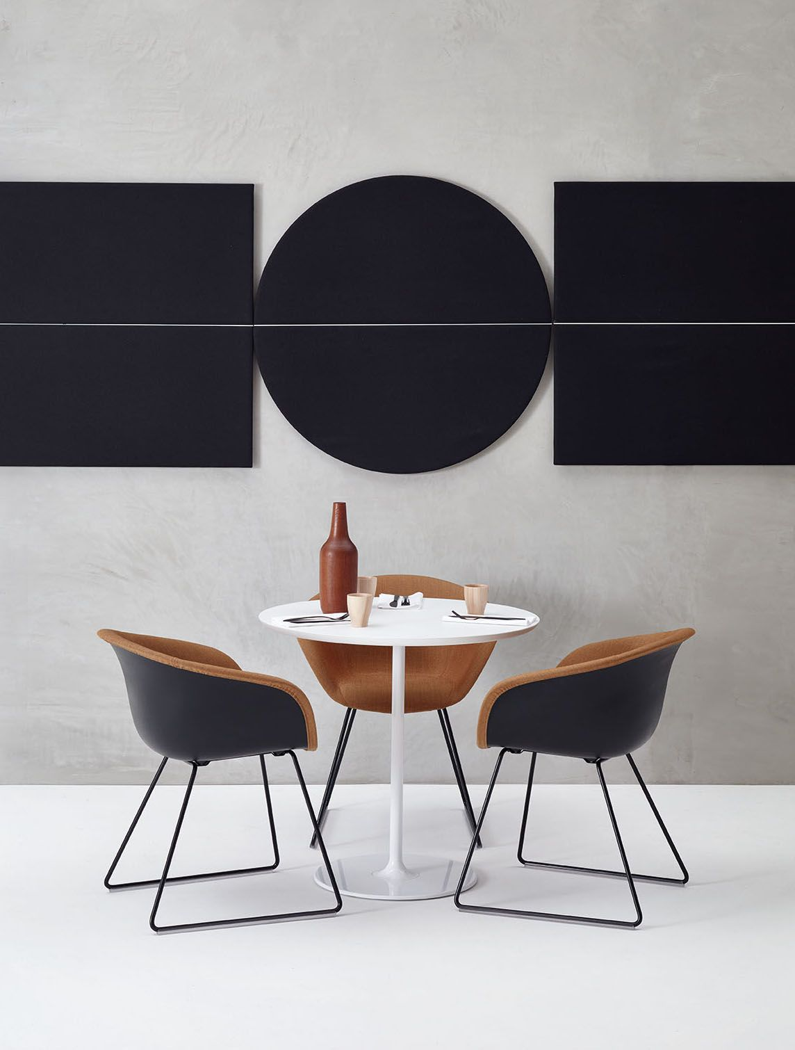 arper duna 02 chair and parentesit wall panel by lievore. Black Bedroom Furniture Sets. Home Design Ideas