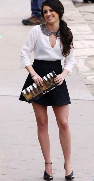 Shenae Grimes in a ZARA blouse http://bit.ly/wMGpN5 for $59.90 on 90210.