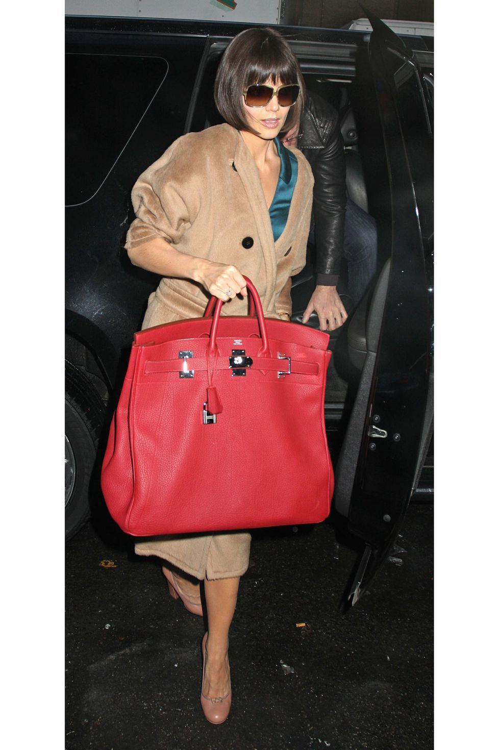 Katie Holmes And Her Over Sized Bag In Bold Red Hermes The Birkin