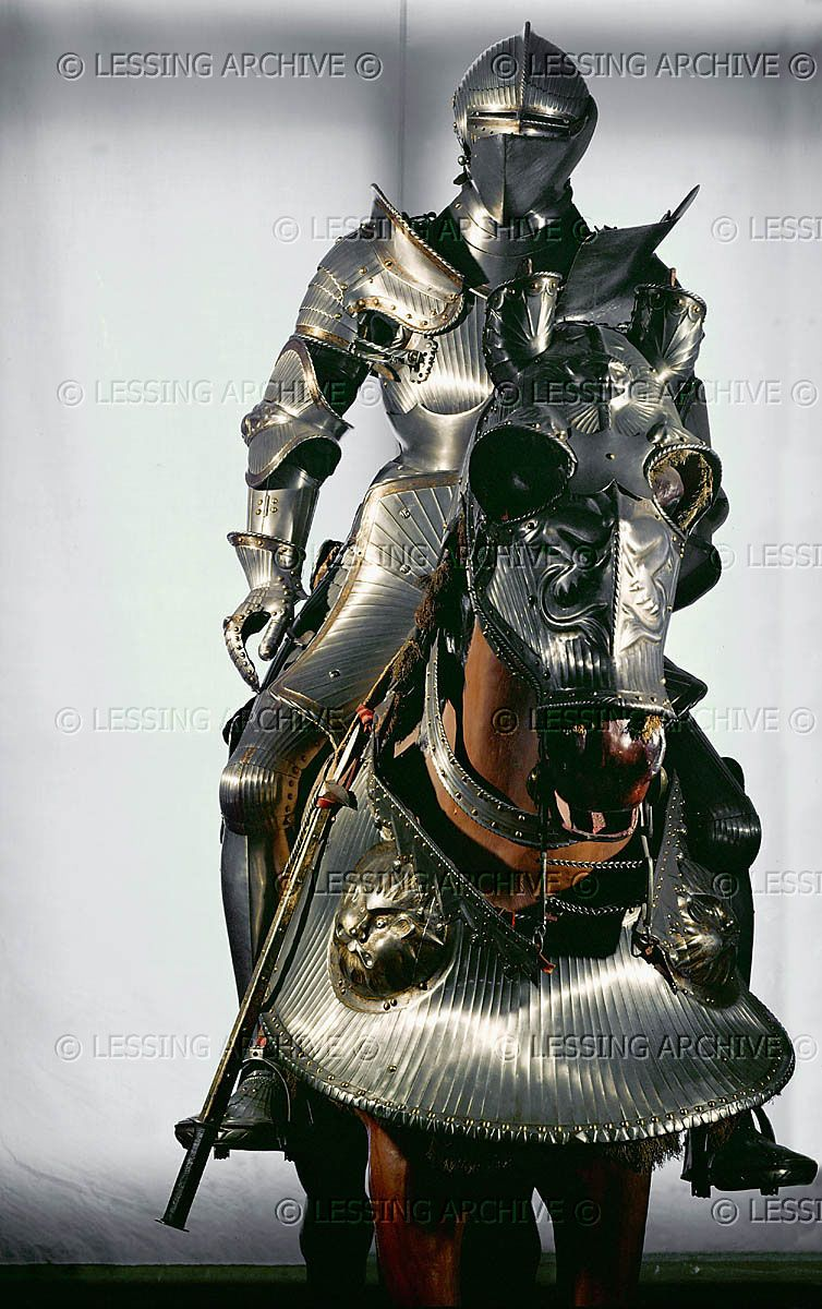 RENAISSANCE 16TH Cuirass and horse armour (ca. 1526) which belonged ...