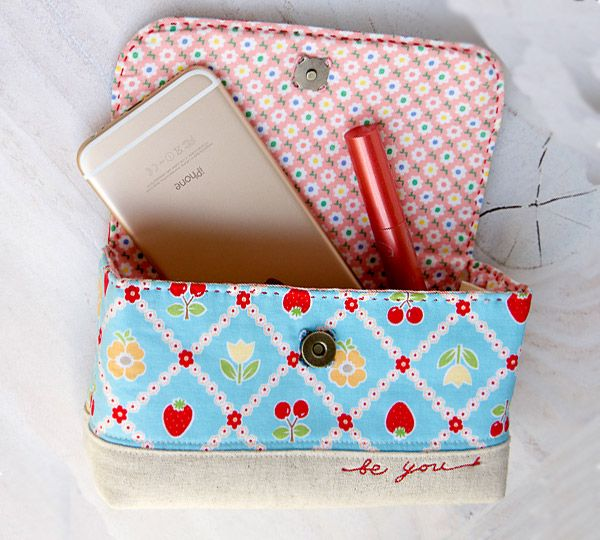 All In One Handy Bag Pouch Tutorials With Pictures Diy Sewing