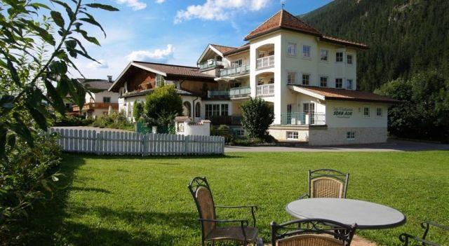 Apartments Sonn-Alm - #Apartments - CHF 58 - #Hotels #Österreich #Bichlbach http://www.justigo.ch/hotels/austria/bichlbach/apartments-sonn-alm_38929.html