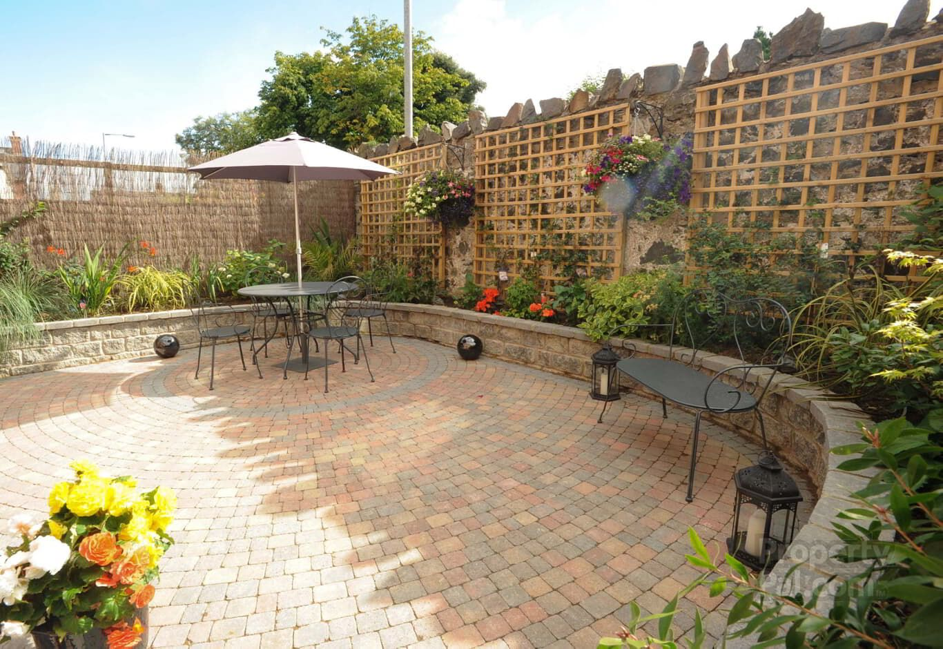 24 Demesne Gate, Holywood #courtyard #garden   Gardens   Pinterest ...