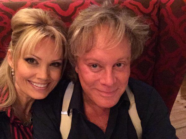 Eric Carmen And His Love Amy Murphy Singers And