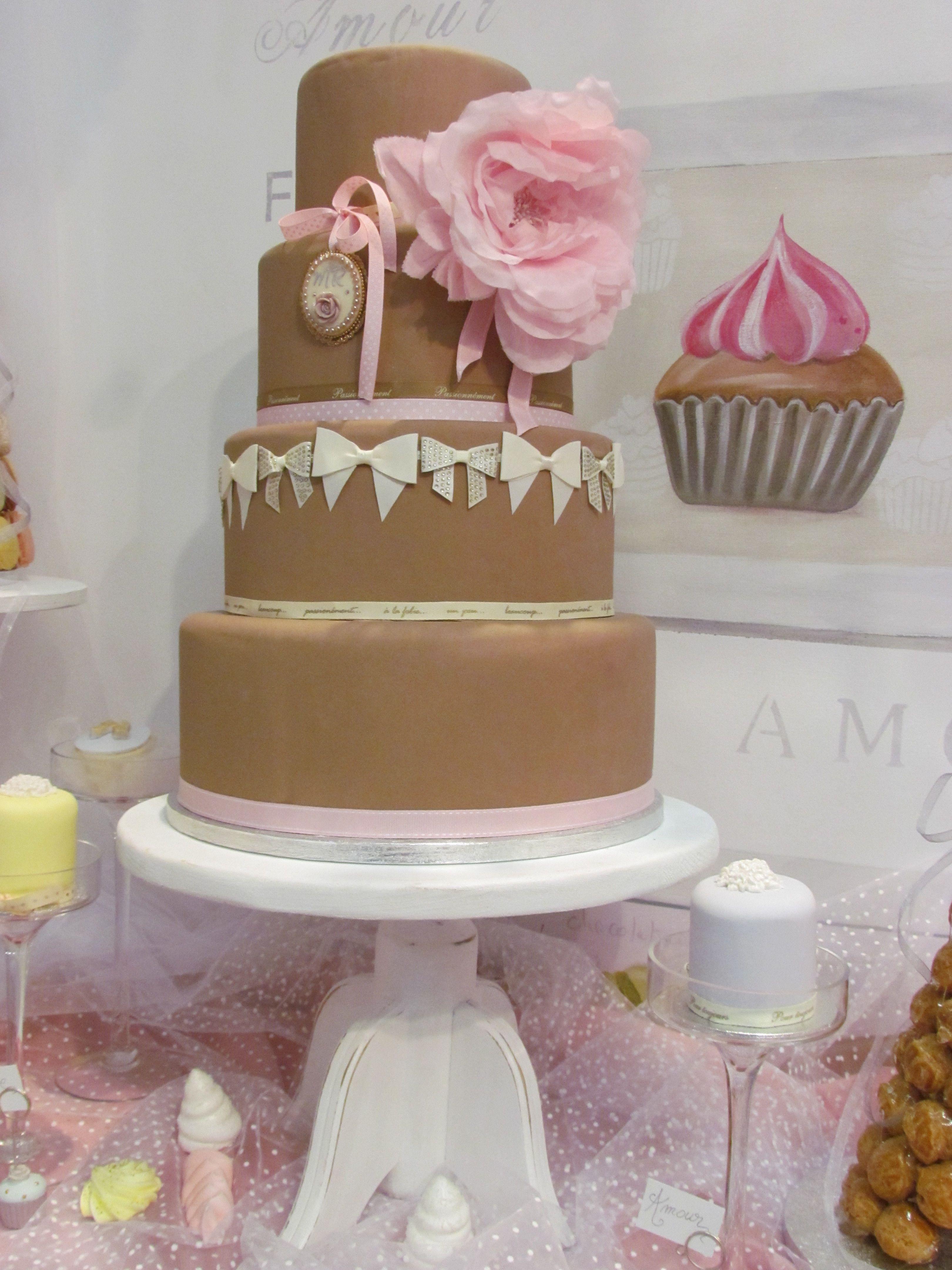 wedding cake chocolat vintage