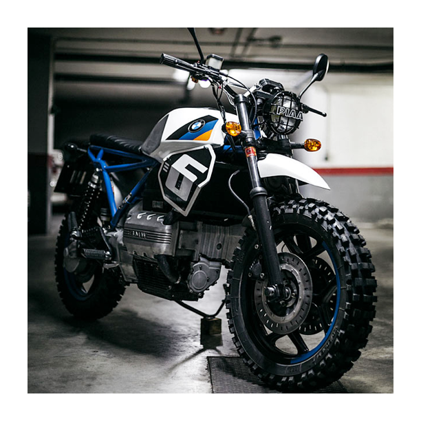 That BMW K70 | Build by The Foundry Motorcycles | Picture by Alberto Monteagudo | #bmw #scrambler #motorcycle