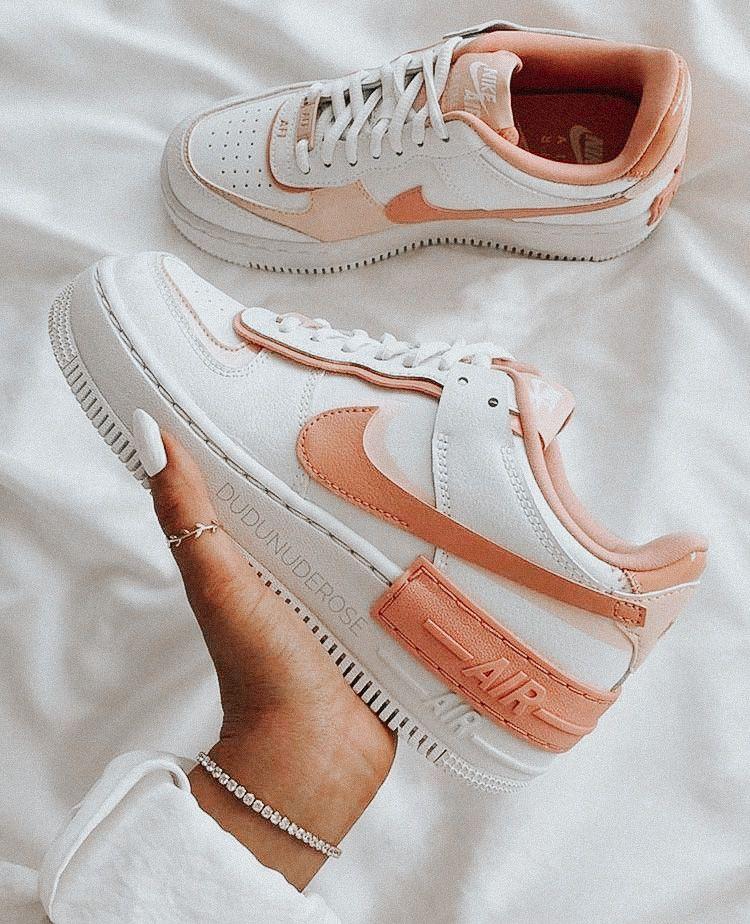 𝚜𝚔𝚢𝚕𝚊𝚛𝚜𝚊𝚛𝚊𝚑𝚑 in 2020 Custom nike shoes, Nike air shoes