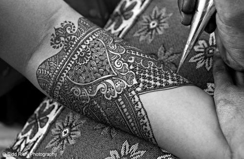 Mehndi Designs. Wow - that is some serious detailing!