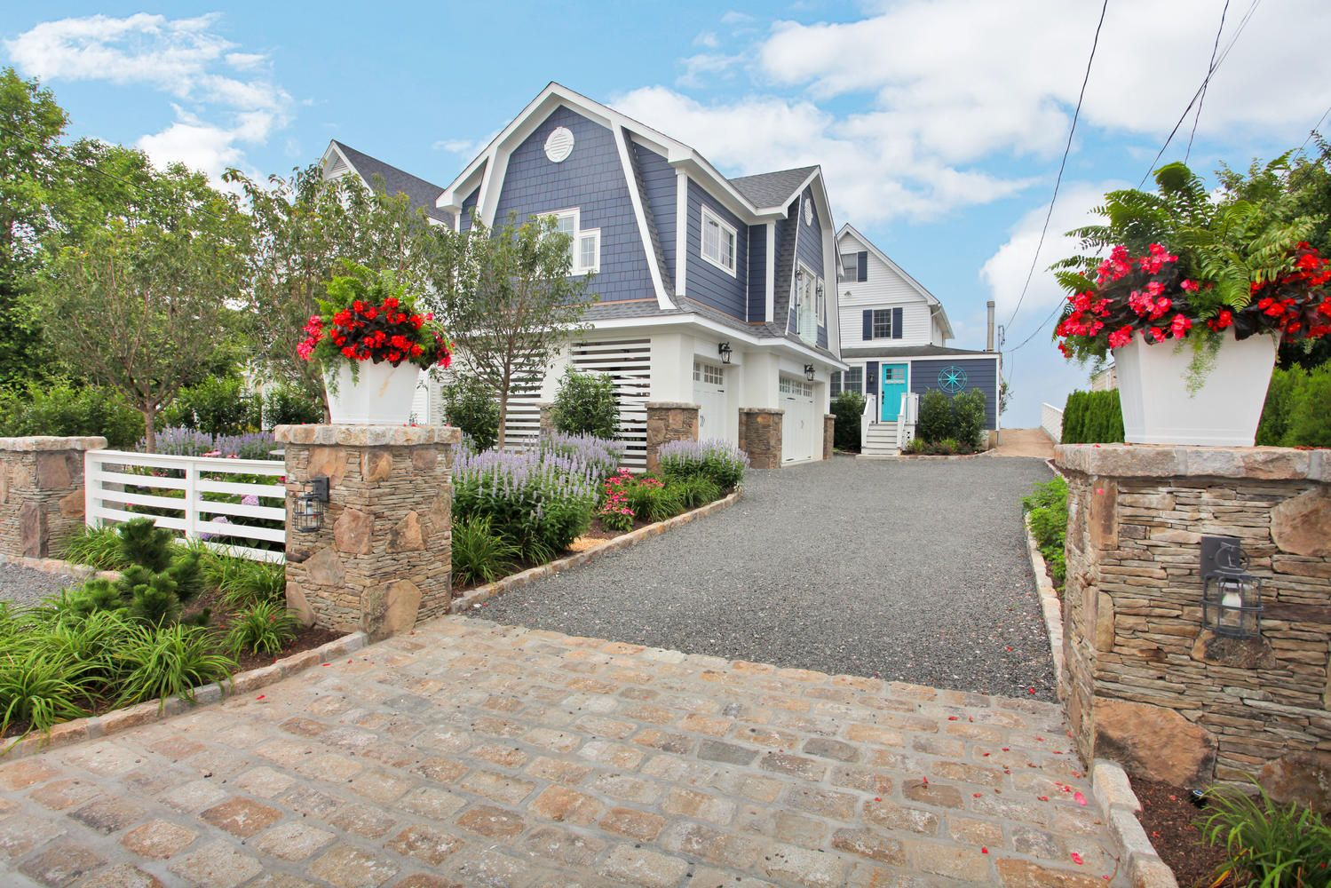 1157 Fairfield Beach Rd Fairfield Ct Offered By Elizabeth Altobelli Elizabeth Altobelli Raveis Com Https With Images Fairfield Beach Real Estate Real Estate Agency