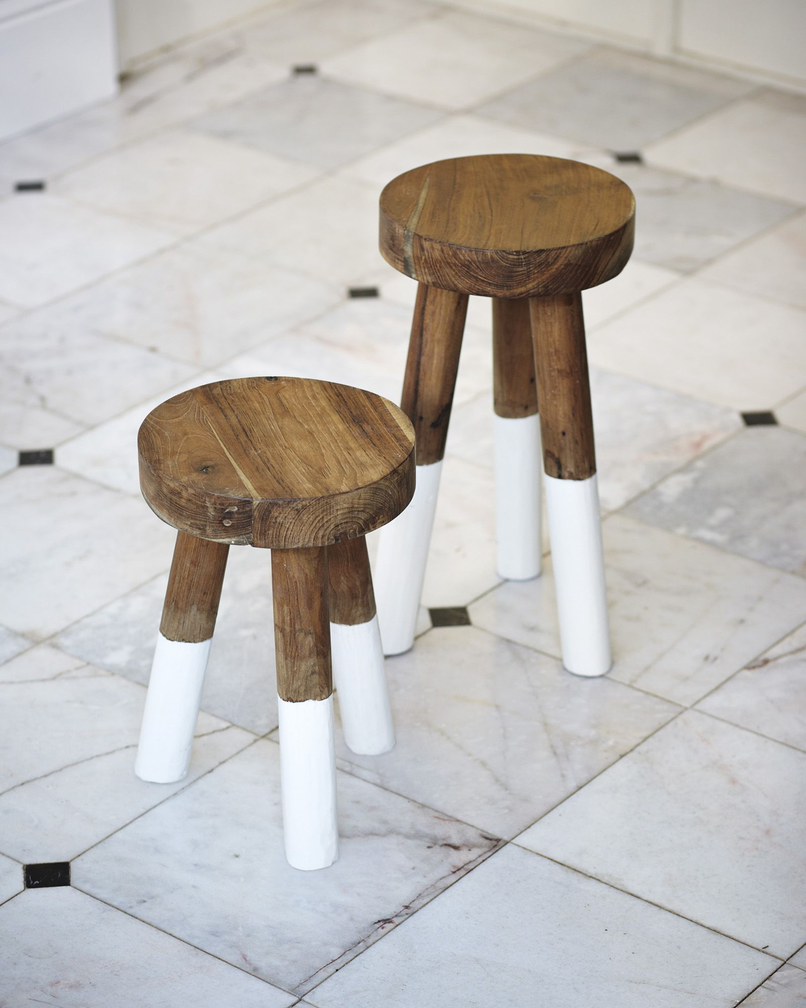 Dip Dyed Stools In 2020 Dip Dyed Stools Retro Dining Chairs Paint Dipping