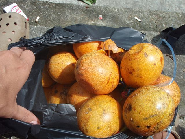 passionhedelmiä Sumatralla