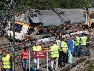 España: al menos 4 muertos, 47 heridos en accidente de tren