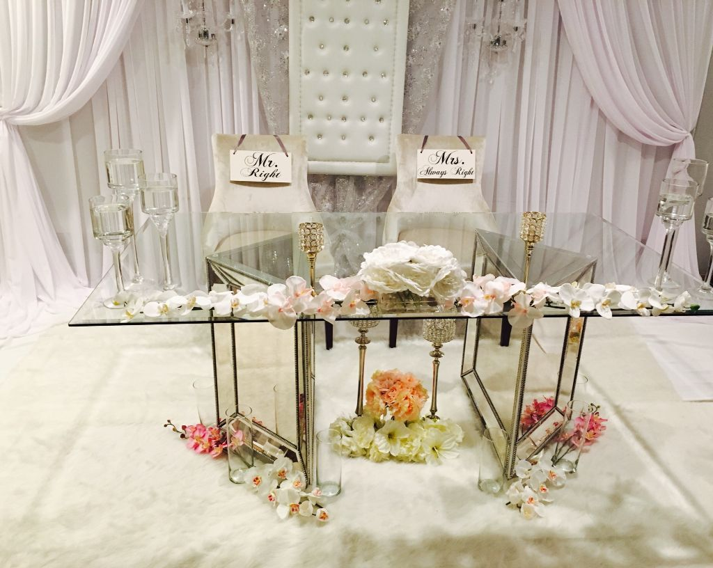 Wedding Backdrop Glass Mirrored Sweetheart Table Sweetheart