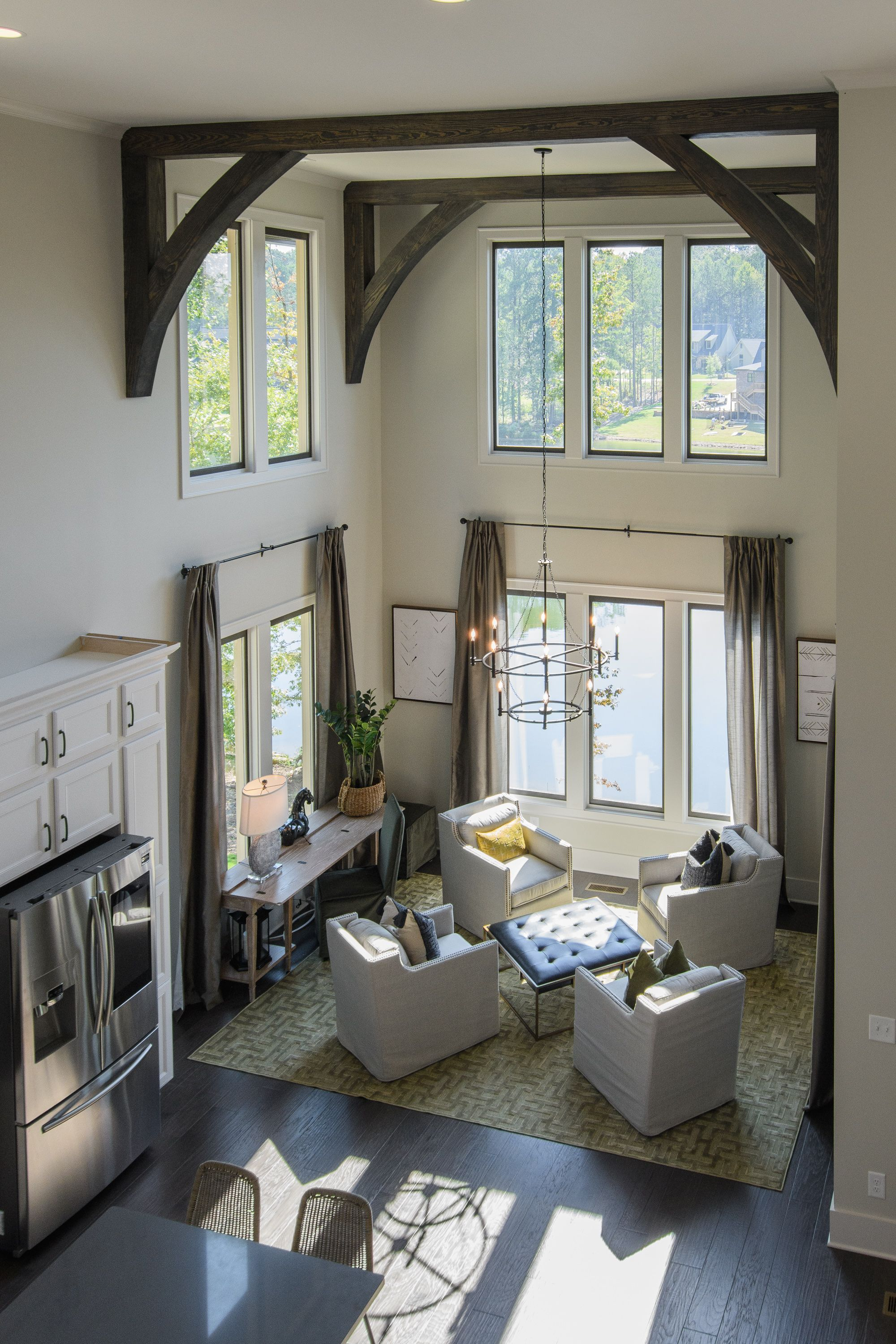 Beautiful Open Dining/Seating Space. Decor ideas, tall ...