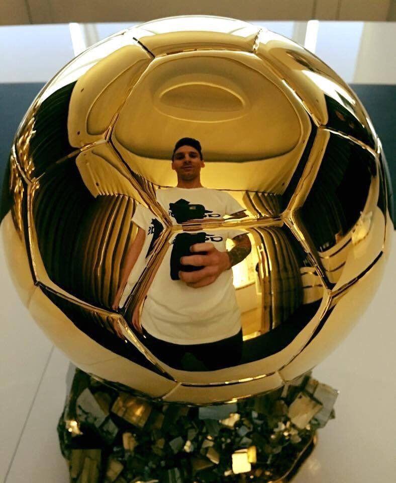 La Meilleure Selfie Jamais Joyeux Anniversaire Lionel Messi