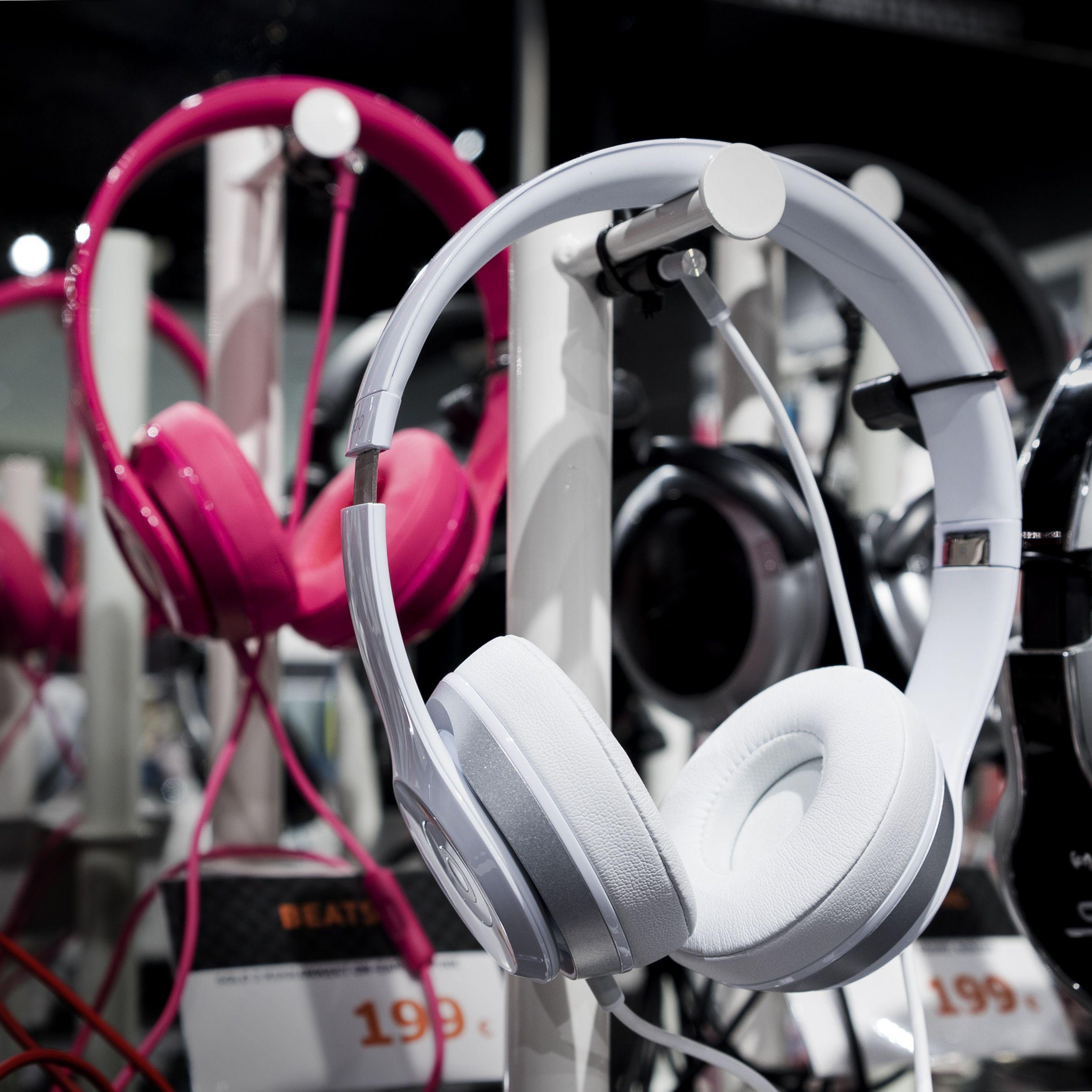 Tyylikkäät Beats by Dr. Dre kuulokkeet takaavat vahvan ja selkeän äänenlaadun. #expertfi #beats