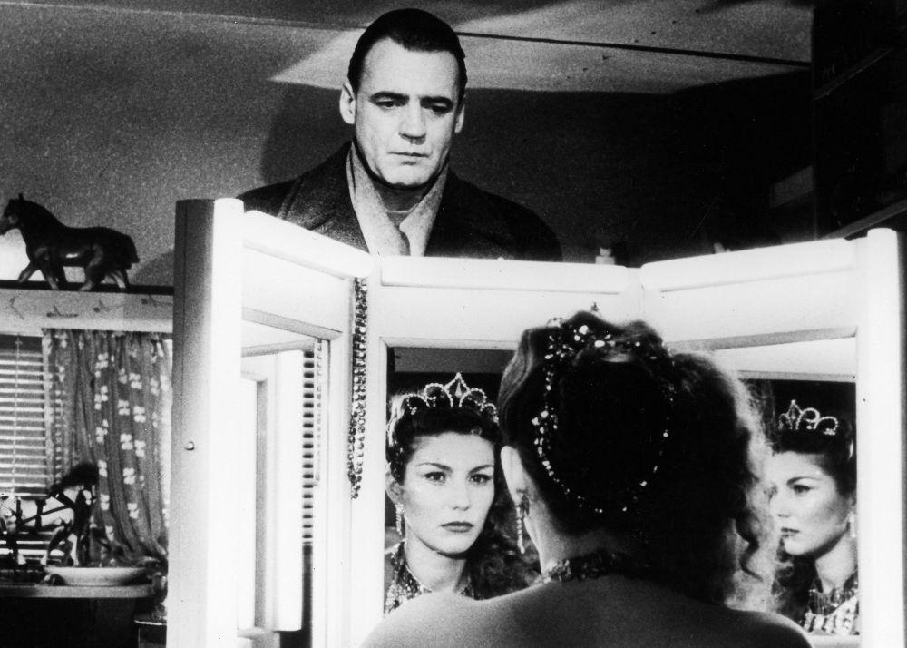 10 great odd couple romance films. Wings of Desire (1987) Director Wim Wenders