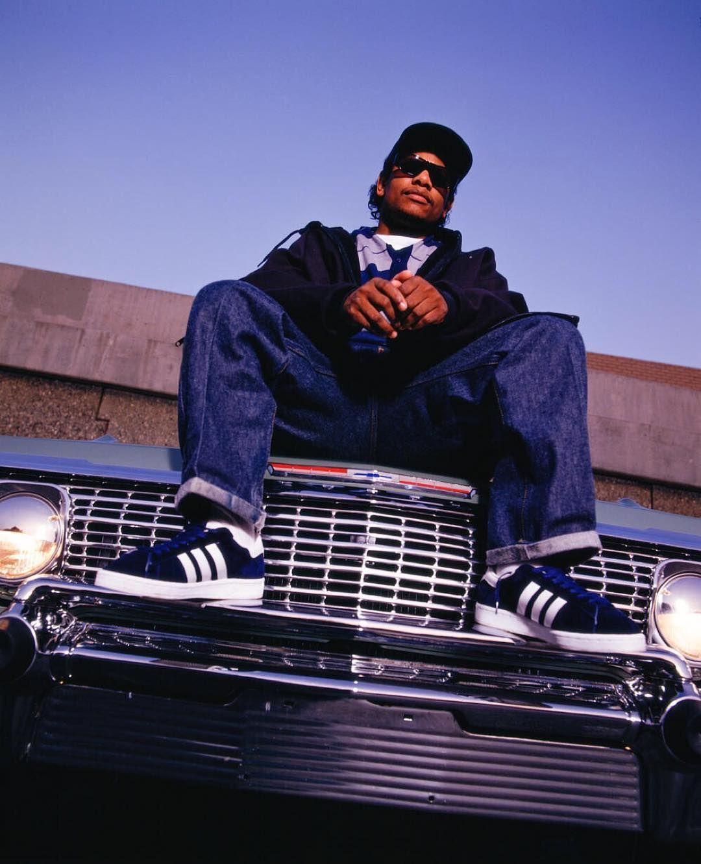 "Soportar Increíble Delicioso  Chi Modu on Instagram: ""Eazy - Cali 1994 #eazye #nwa #covers #hiphop  #uncategorized #chevy #lowrider #… | Hip hop inspiration, Hip hop music,  Mtv video music award"