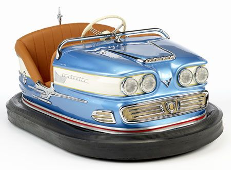 Full-size vintage bumper cars for your living room - Retro to Go #childroom