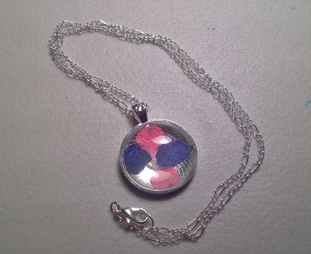 'Petals From The Garden Necklace' is going up for auction at 10am Mon, Sep 17 with a starting bid of $5.