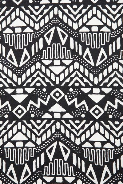 African Tribal Print BW Sound Of The Nations In 40 Pinterest Gorgeous African Tribal Patterns