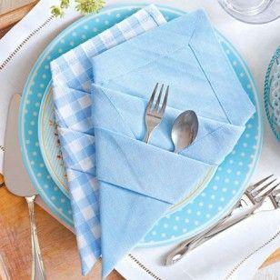 Bestecktasche falten aus servietten so geht 39 s napkins - Servietten dekorativ falten ...