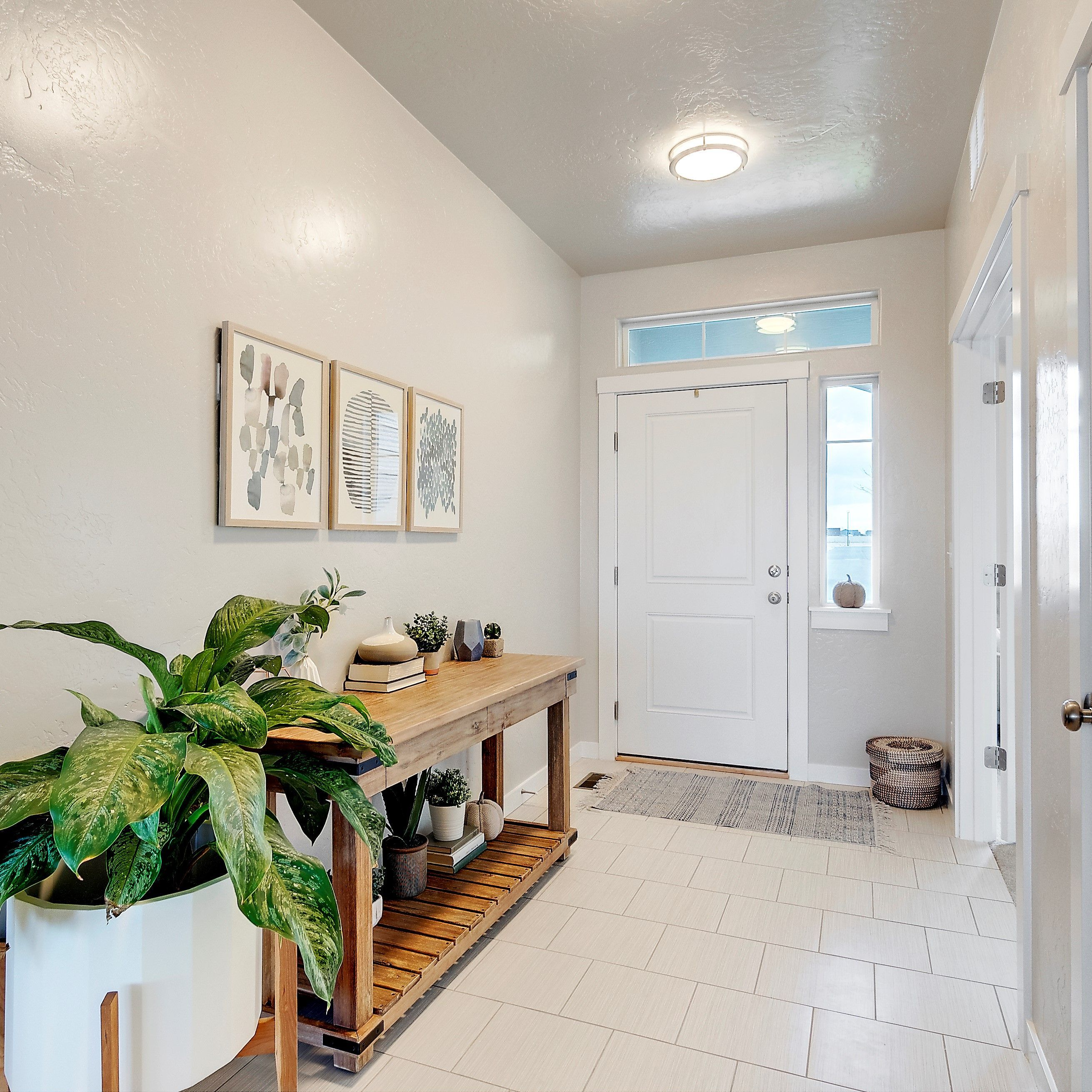 Cbh homes also best mint pine staging images beautiful interiors rh pinterest