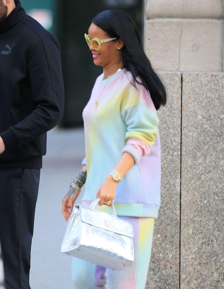 af0349325c8 Rihanna-Dior-Diorever-Tote