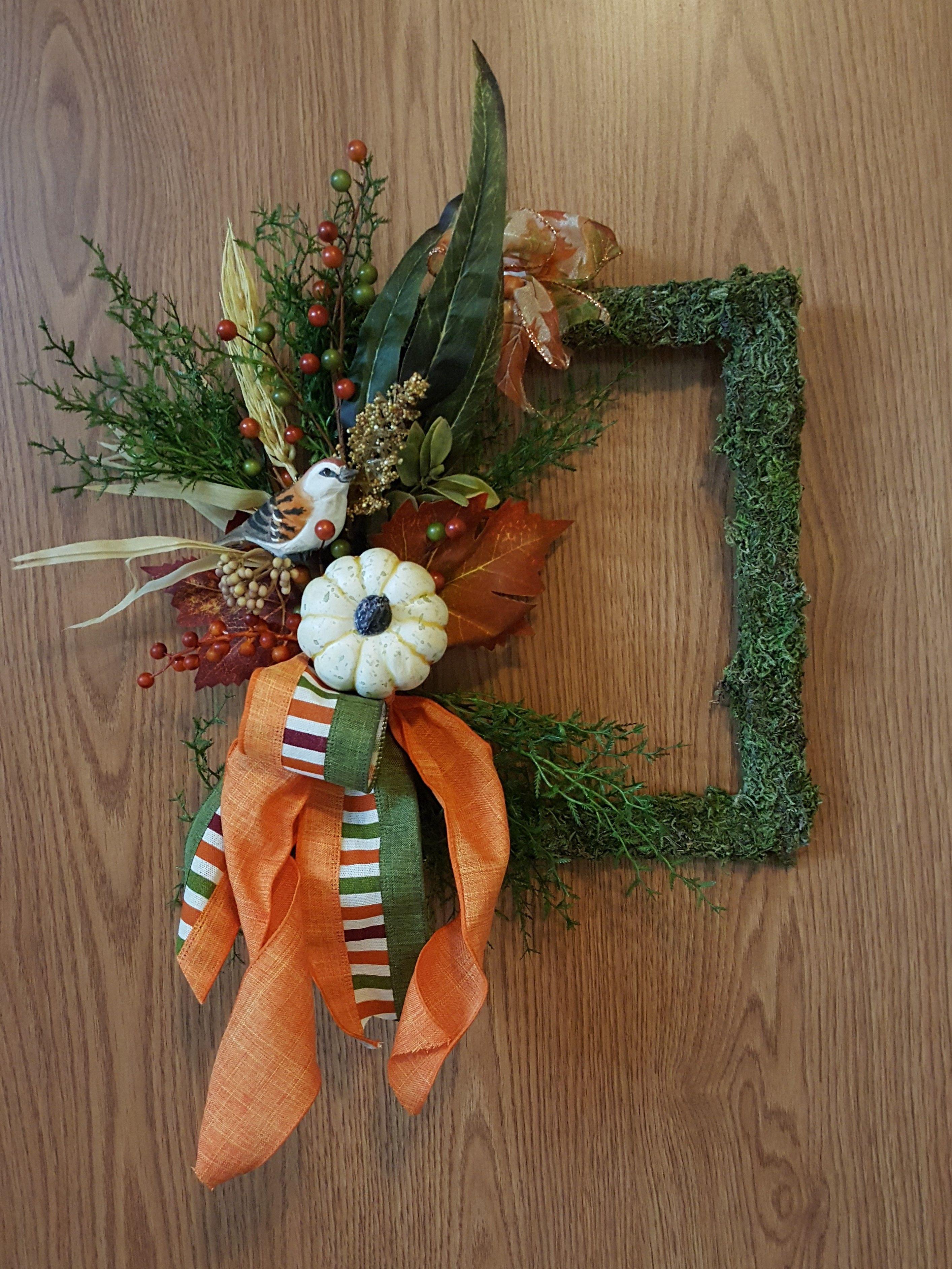 Fall Picture Frame Wreath Picture frame wreath, Frame wreath