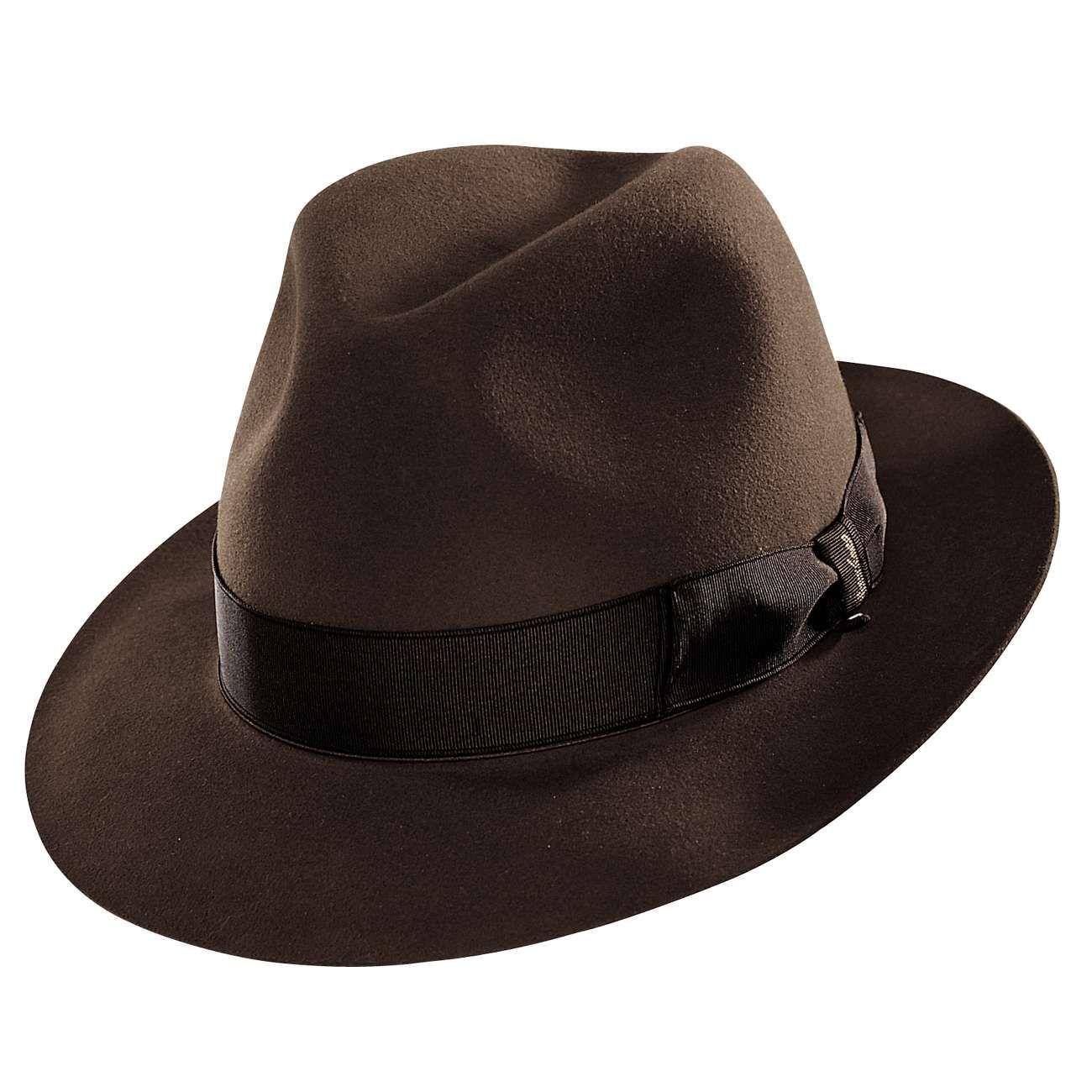 Borsalino hat got it.  c61c6d09d80