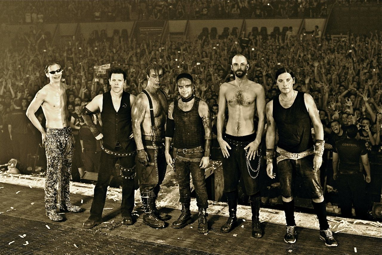 rammstein wallpaper google search rammstein till lindemann metal bands band. Black Bedroom Furniture Sets. Home Design Ideas