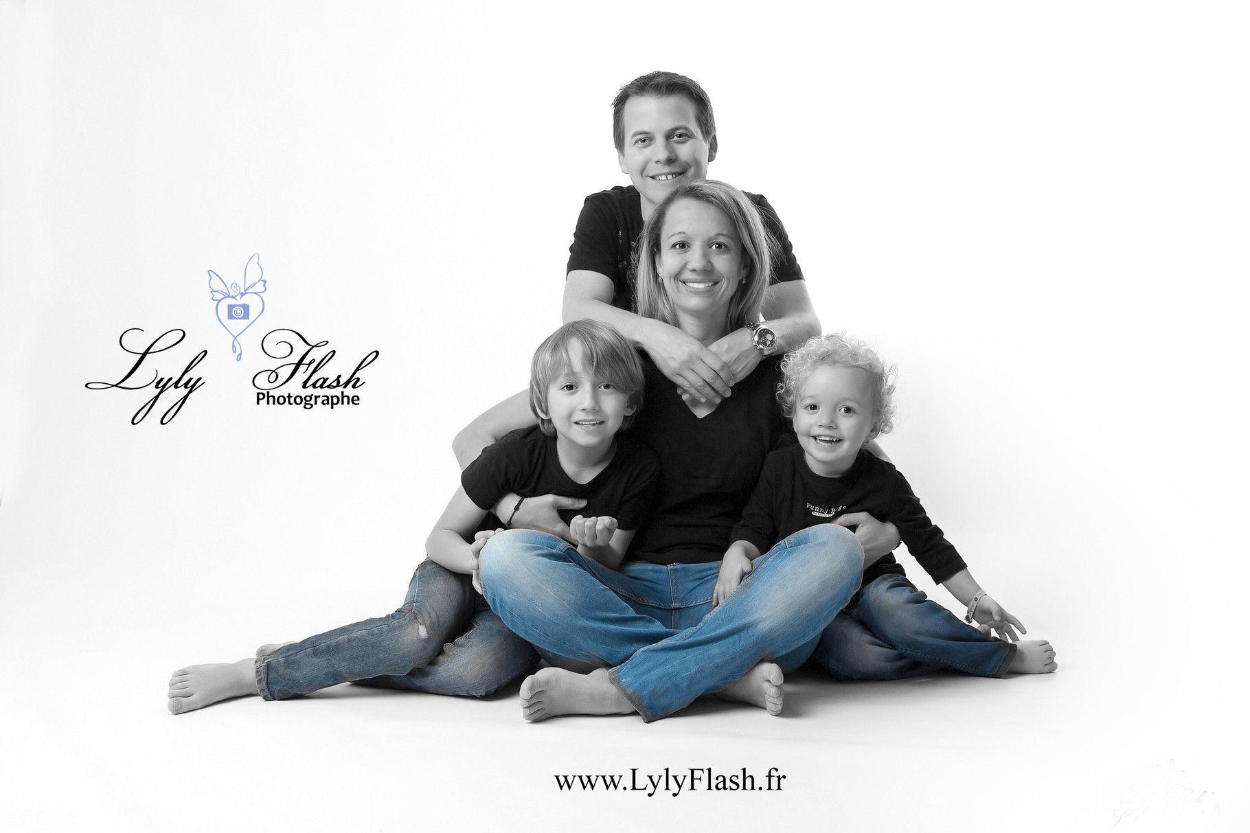 Portrait de famille par lylyflash photographe id es photos de familles pinterest pose - Photo de famille originale ...