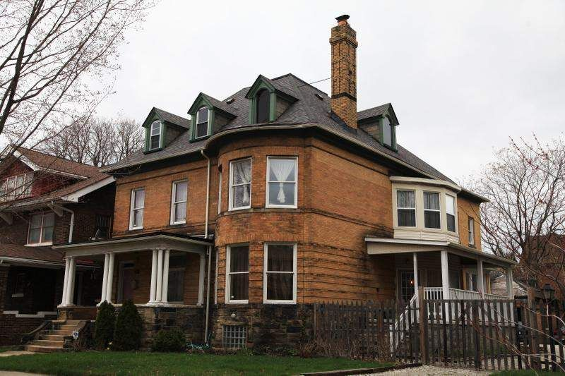 Couple Buys Restores 100 Year Old Detroit Home Once Owned By His Great Grandparents