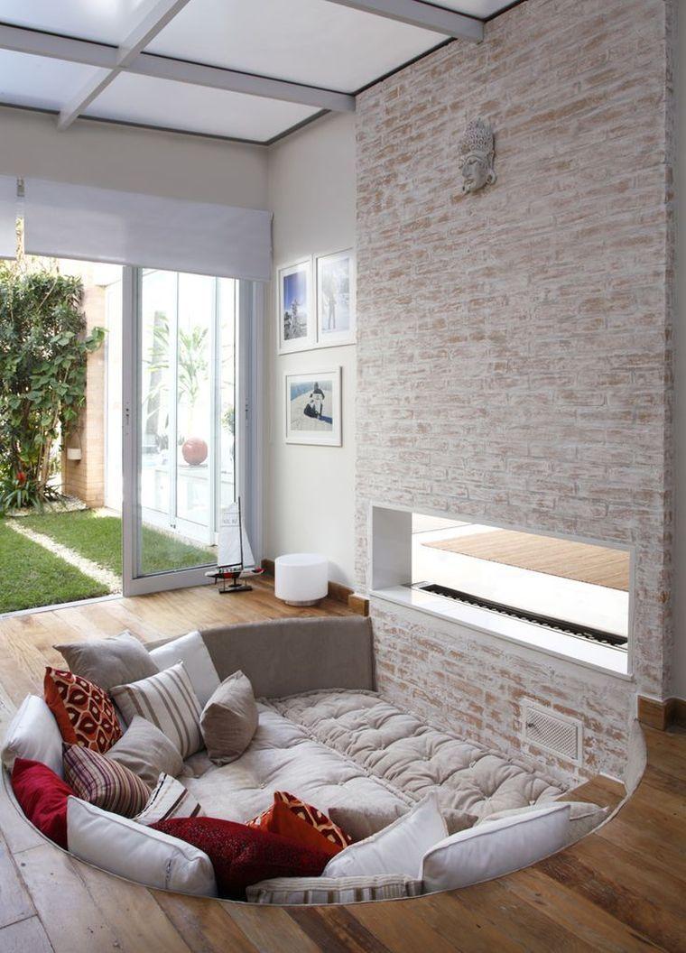 une idée d'aménagement intérieur pour salon en contrebas ...