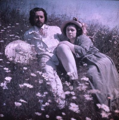 Le curieux Monsieur Cocosse | Journal: Leonid Andreyev |  Leonid Andreyev and his second wife, Anna, in the garden of his home in Finland Photographs by a Russian Writer (1903 -1914)