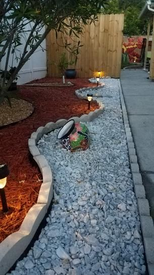 Vigoro 0 5 Cu Ft Bagged Marble Chips 54141 The Home Depot Front Yard Landscaping Landscape Design Yard Landscaping