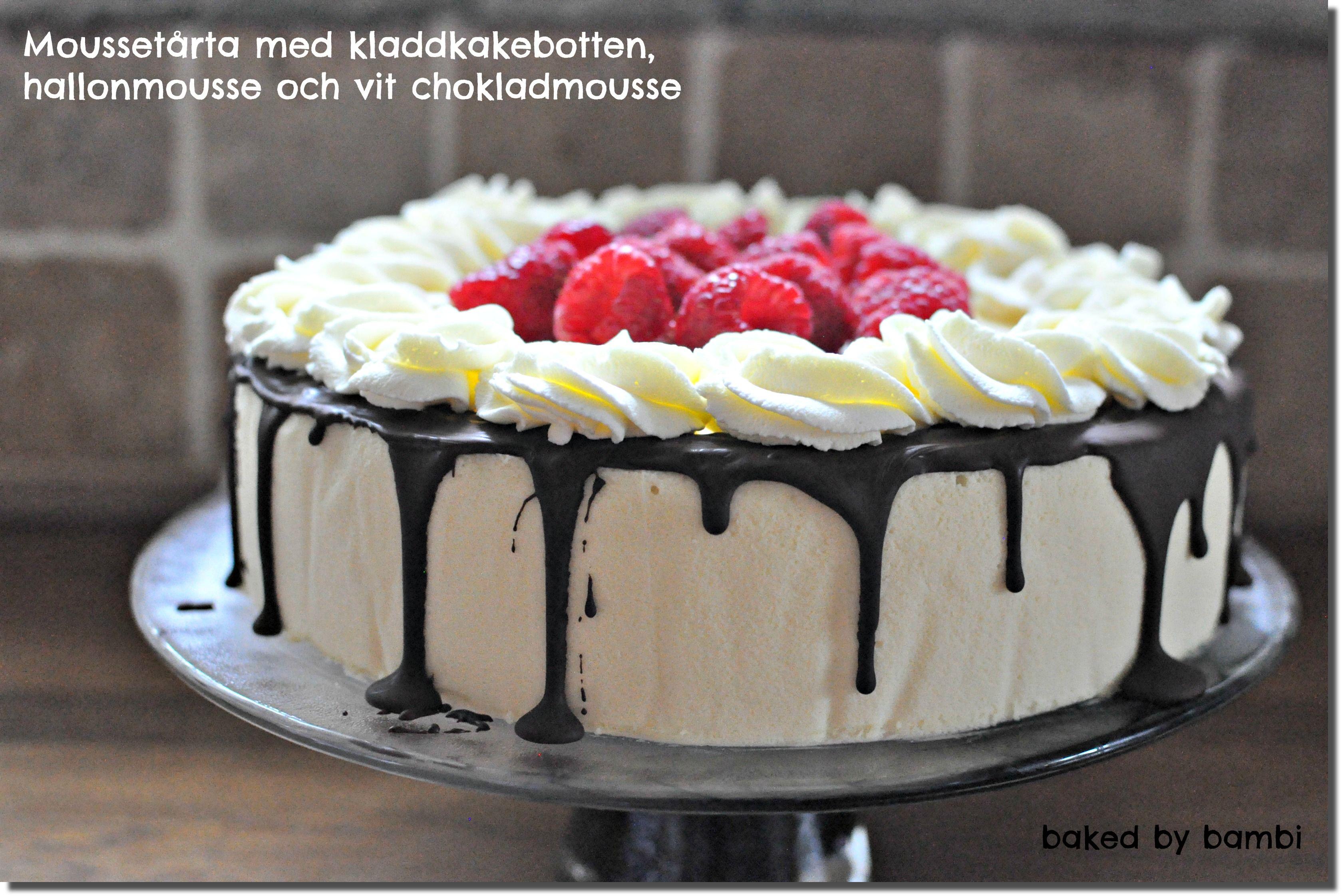tårta med vit chokladmousse och hallonmousse