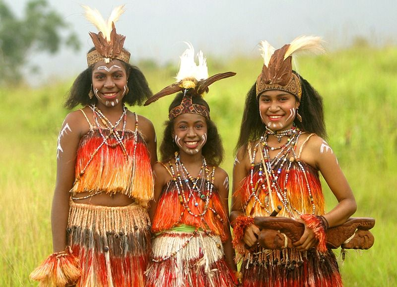 Sentani Girls, Papua Irian Jaya.  Indonesian cultures  Pinterest  Indonesia and West papua