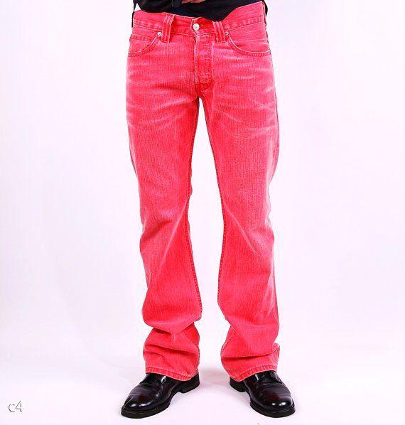 red levis for men