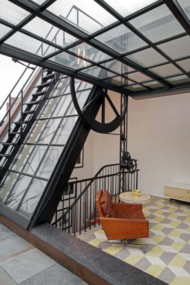 This Rooftop Home Office In Nyc Is Epic Diseño Para El Hogar Casa Adosada Arquitectura Interior