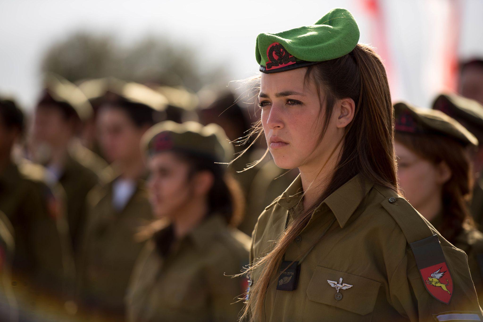 army-recruitment-video-girls
